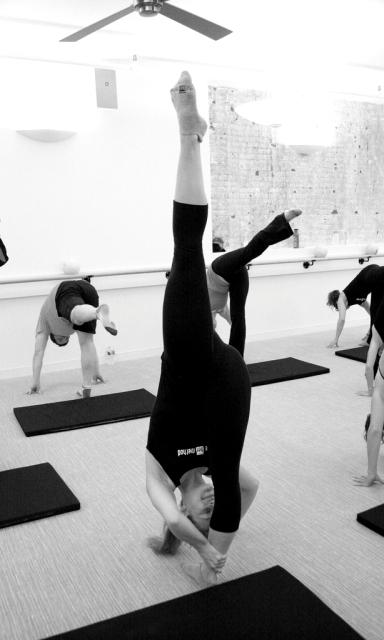 Упражнения для снятия усталости с туловища и ног